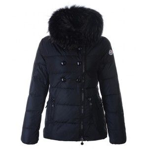 Whether you are looking for something smart or something a little more casual then you will find exactly what you are after from the brilliant collection of Moncler Womens Jackets available at our website.Discover everything from stylish quilted jackets to the classic Moncler padded jackets and cool down vest.You will deeply fall in love with one of them.