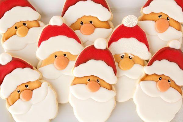 Santa Cookies via http://www.thebearfootbaker.com