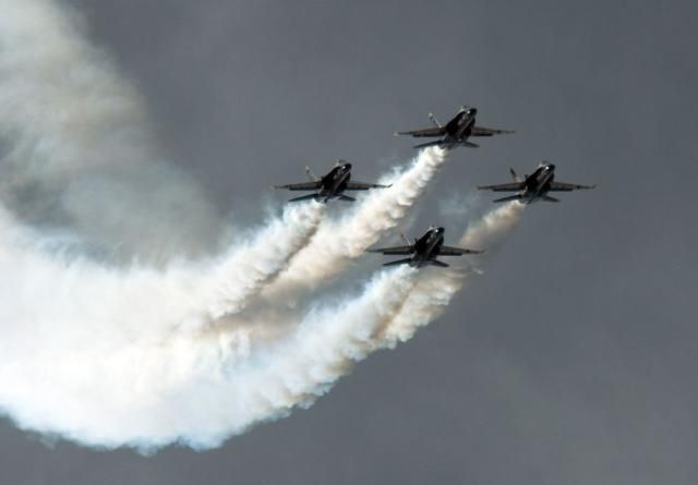 Watch the Spectacular US Navy Blue Angels Air Shows: Blue Angels Air Shows