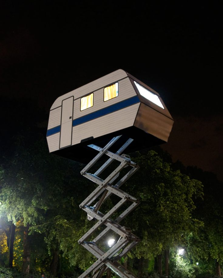Is It an RV? Is It a Treehouse? Either Way, We Want One Posted: 01/06/2015 2:18 pm EST Updated: 01/06/2015 2:59 pm EST