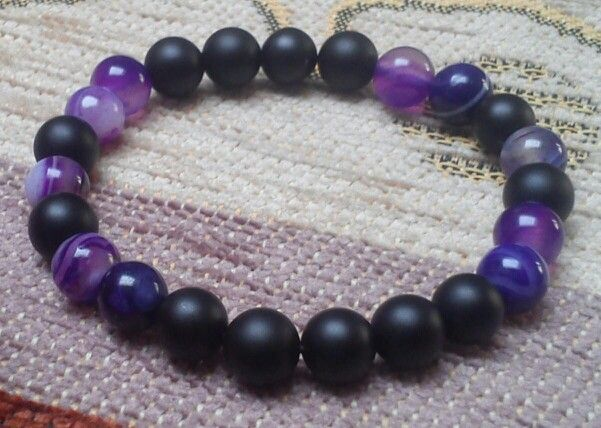Matte black onyx, purple stripe agate - 8 mm