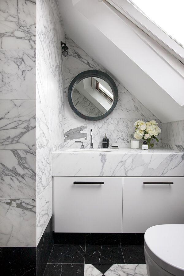 Black and white marble bathroom. Design by Sarah Blacker Architect. Photo Anneke Hill.