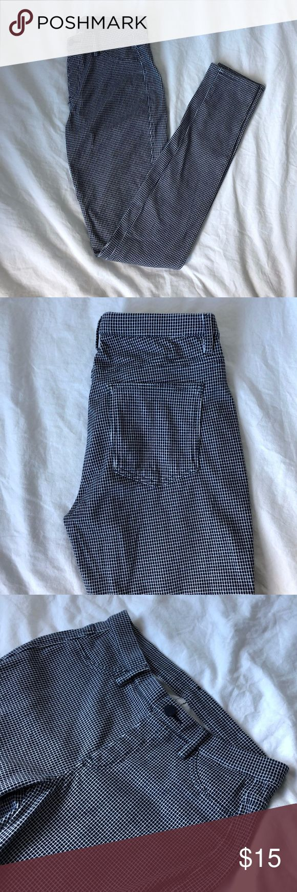 Uniqlo Legging Pants -NWOT -Navy and white checkered legging pants UNIQLO Pants Leggings