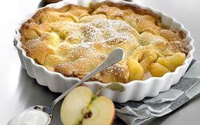 Bagt æblekage Så er det med at få inviteret gæster til havens nedfaldsfrugter - de vil elske det.