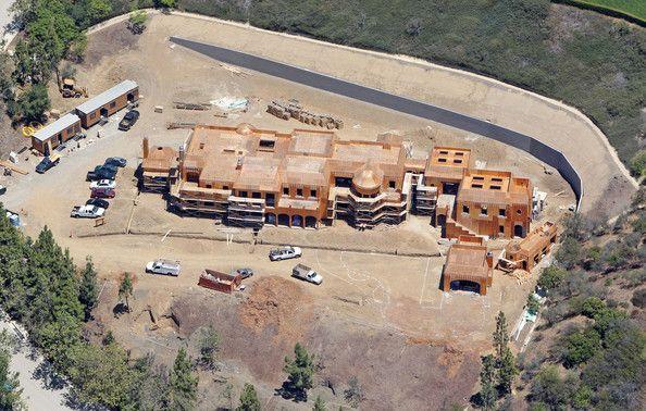 tom brady's mansion   Tom Brady Photos - Construction on Tom Brady's Home - Zimbio