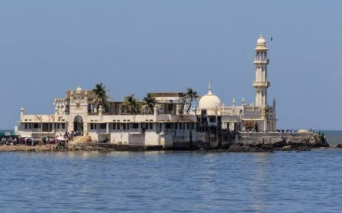 Supreme Court stays high court order allowing women in inner sanctum of Haji Ali - Times of India #757Live