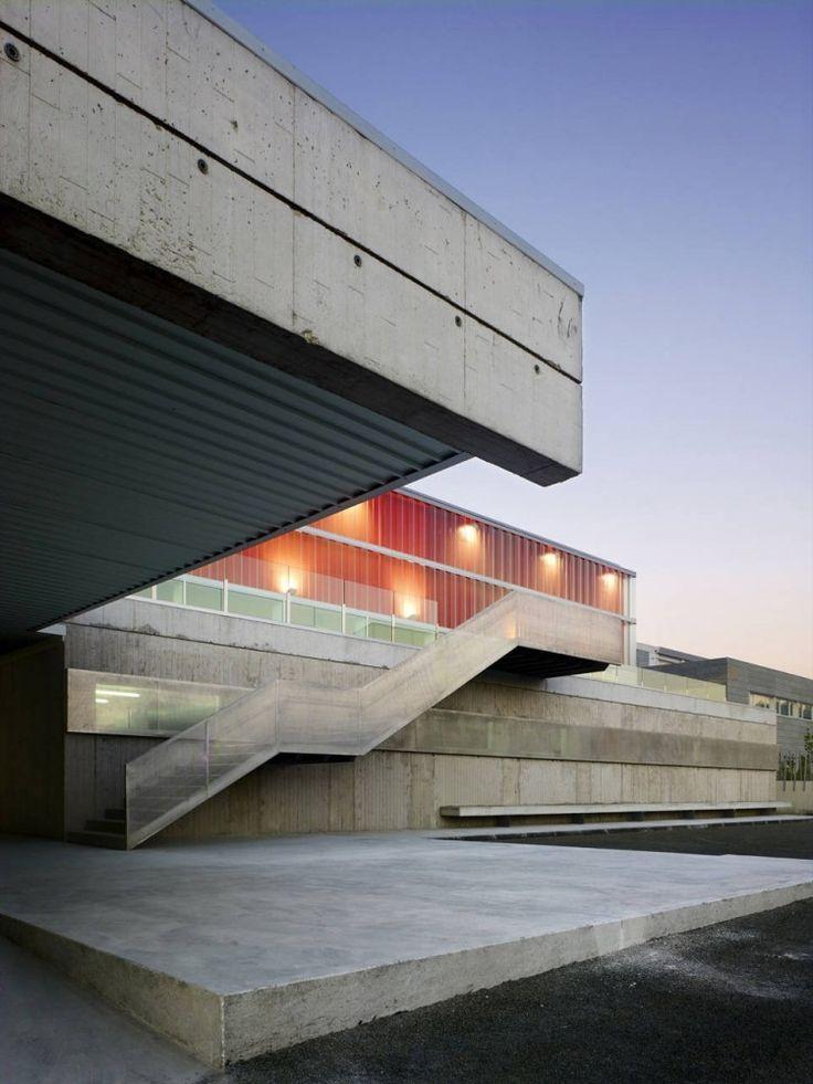 Arteixo Sport Center / Jose Ramon Garitaonaindia de Vera