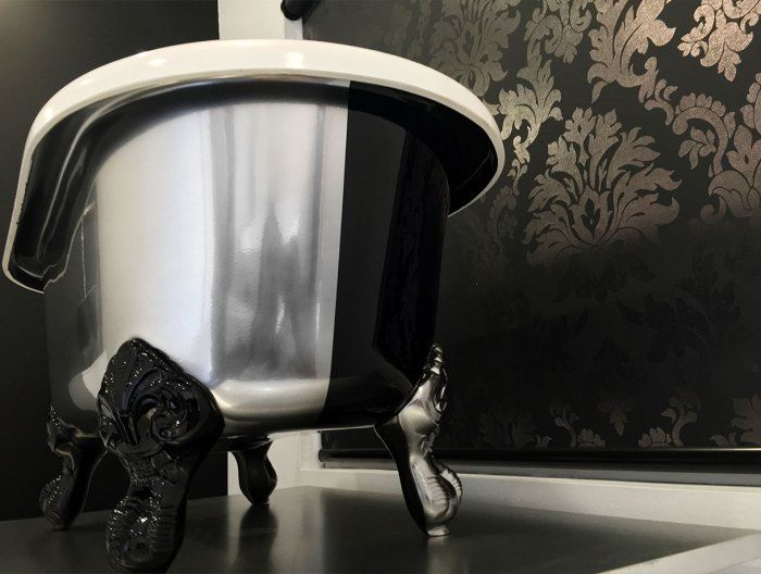 Chrome bath - custom painted Victoria and Albert baths by Luxe by Design Brisbane. Call us to discuss the options or find a local retailer - 07 3265 7133