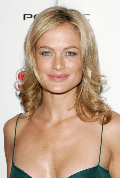 Carolyn Murphy Model Carolyn Murphy attends the 2005 Sports Illustrated Swimsuit Issue press conference to announce the covergirl on Februar...