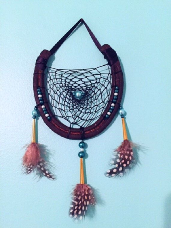 Horseshoe dreamcatcher with glass pearl accents by EarthDiverCreations on Etsy https://www.etsy.com/ca/listing/473661816/horseshoe-dreamcatcher-with-glass-pearl
