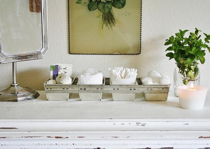 industrial loaf pan to keep towels, etc