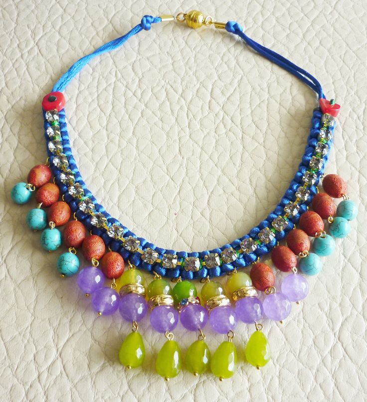 The absolut ΚάτιΝα Π. statement necklace