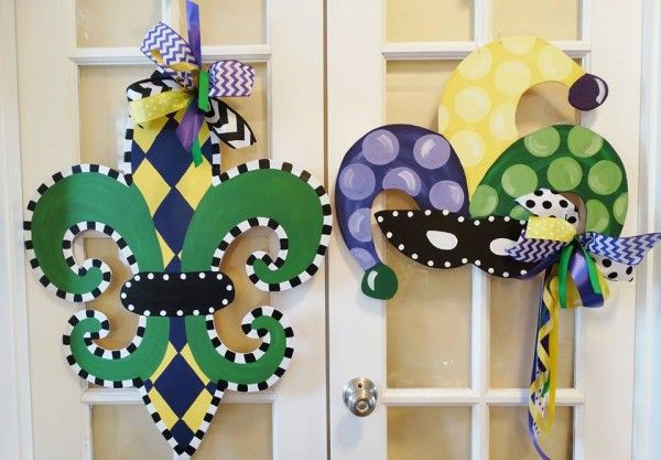 www.ashleynicholedesigns.com  ~ Fleur De Lis ~  Let the good times roll!!! This wooden Fleur De Lis door hanger is a great addition to your collection for the Mardi Gras celebration season!!! Great for use indoors and outdoors too!! You can also request a different color scheme on the Fleur de lis for other teams or events, just tell us in the notes section of the order form or message us through email or on facebook!!