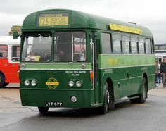 images of greenline buses | Bus and Coach Photos - Green Line 725 Windsor