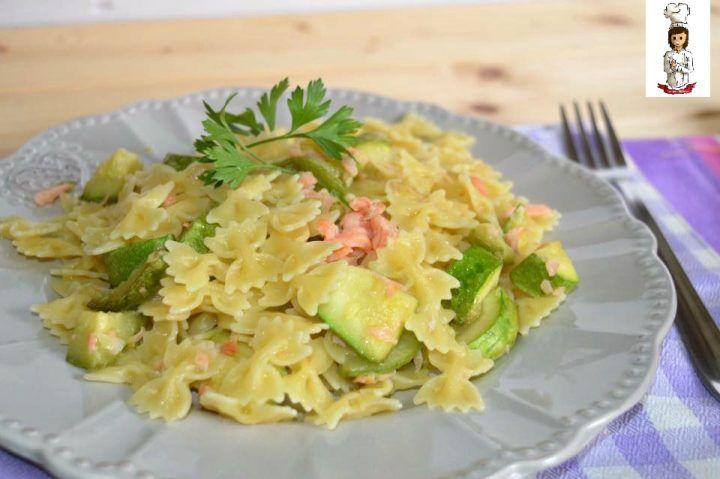 pasta con zucchine e salmone 1