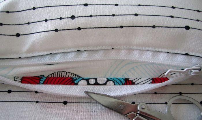 Une méthode alternative pour coudre une poche zippée dans la doublure de votre sac avec une finition parfaite à l'intérieur de la poche. Étapes détaillées et de nombreuses photos.