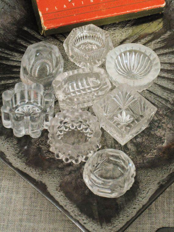 My Mom has ones like this that was her grandmothers ..... Vintage salt cellars