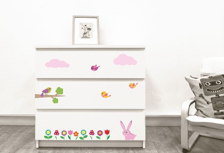 Stickers décoration mobilier COMMODE C'EST LE PRINTEMPS 42€