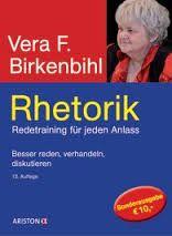 """Kommunikation ist eine Kunst und will gelernt sein. Vera F. Birkenbihl ist mein großes Vorbild. Derzeit lese ich ihr legendäres Buch """"Kommunikationstraining""""."""
