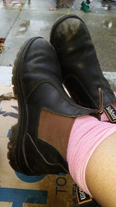 Teresa Andersen - work selfie feet.