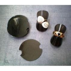 Presentoir  bague noir en silicone 4 cm                                                                        bagues,pierres précieuse,fournitures,apprêts,exposition,photo,porte bijoux,