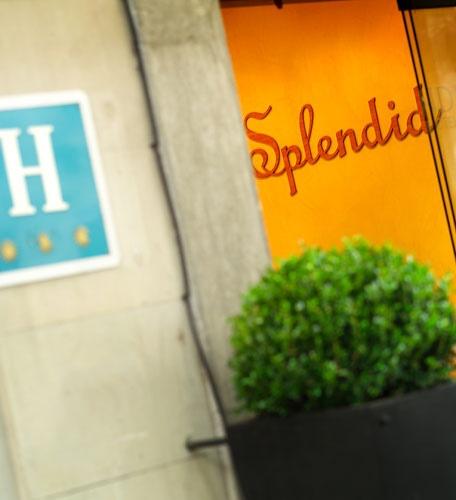 El  Hotel Acta Splendid es un céntrico hotel de Barcelona, ubicado muy cerca de Plaza Cataluña, las Ramblas, Plaza Universidad y de muchos puntos de interés turísticos de Barcelona.