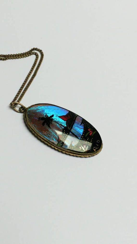 Bekijk dit items in mijn Etsy shop https://www.etsy.com/nl/listing/556920353/vintage-butterfly-wing-silver-pendant
