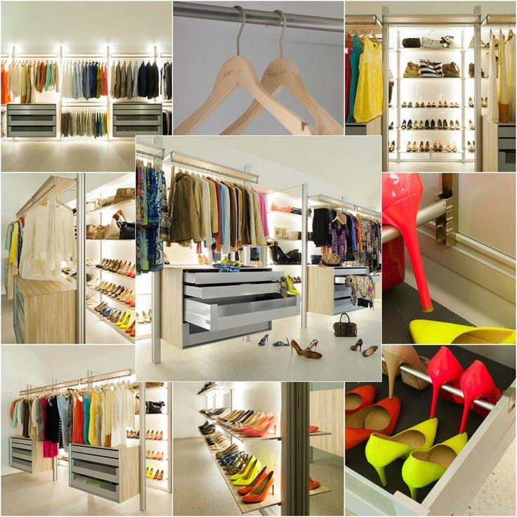 Moderne inloopkast op maat. Het zit allemaal in de kleine details! Gepersonaliseerde kapstokken, een volledig modulaire inrichting, creatief schoenen opbergen, volledig afgewerkte achterwanden, ingebouwde led verlichting,...