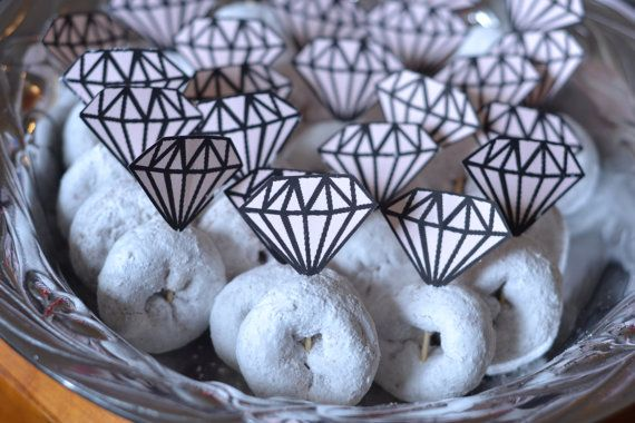 How cute are these #diamondring donuts?! #food #wedding #adorable