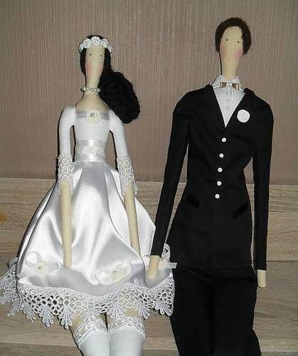 Svadobný párik #svadba #svatba #panenky #babiky #zenich #nevesta #handmade #darcek #darek #tilda