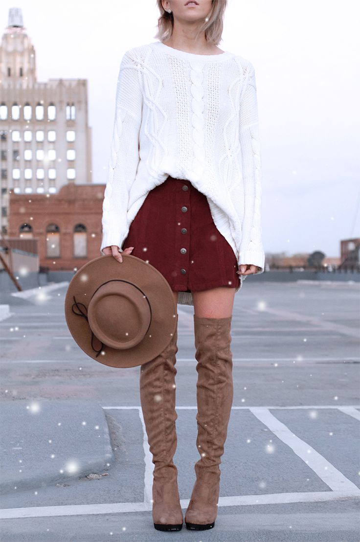 Kemper from Jo & Kemp styled our Corduroy Button Skirt. Check out the blog at blog.ae.com to see her #AEOSTYLE!