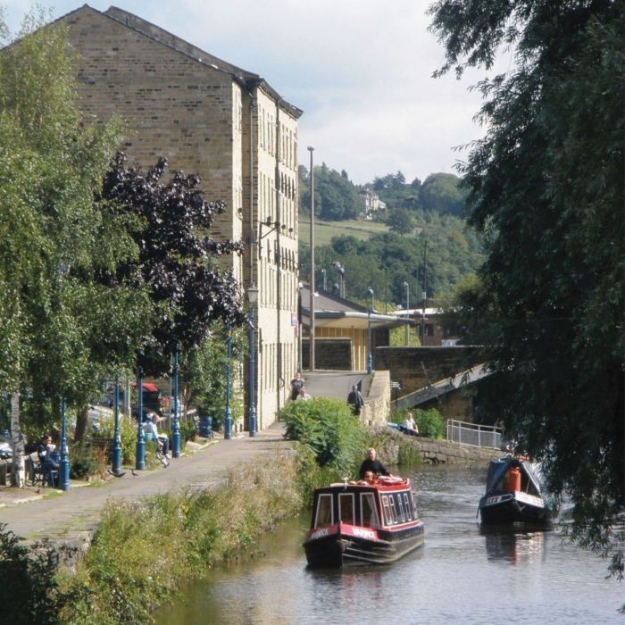 Waterfront Lodge, Brighouse