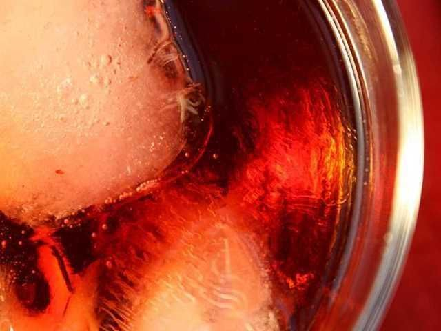 Negroni. Una bebida potente que te hará perder la cabeza.