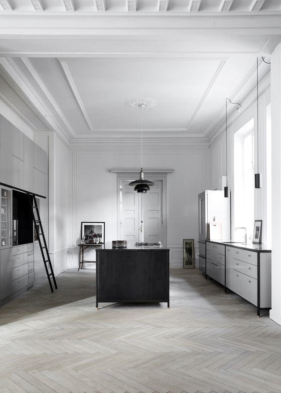 Bring that sense of encouragement in the kitchen  #KitchenDesigns #Interiors