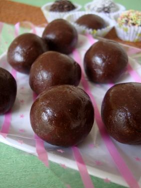 Marie Biscuit Chocolate Balls recipe is an easy to make food recipe that makes for a quick dessert to serve in kid parties. Its made with condensed milk, cocoa pwd and marie biscuits.