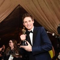 第87回アカデミー賞受賞者が発表された。セレブにとってもハレの舞台であるこのアワード。レッドカーペットを歩くため最高のドレスアップをして登場する。