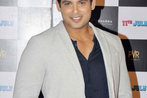 Siddharth Shukla Tellywood Star - Siddharth Shukla Rare and Unseen Images, Pictures, Photos & Hot HD Wallpapers