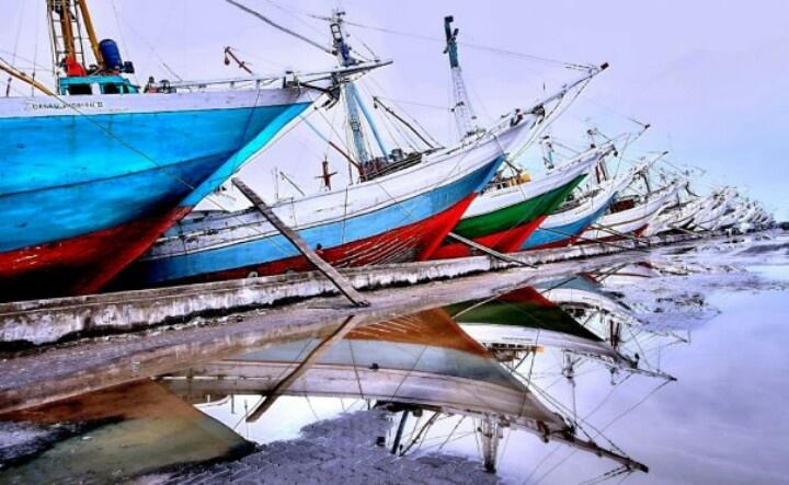 Inter island ships park at Sunda Kelapa harbour, Jakarta
