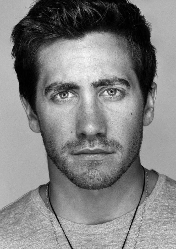 Jake Gyllenhaal   - the  Face   of  Martin