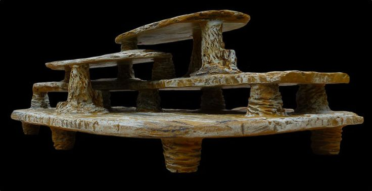 Large Reptile Chill Out Platform Cave Climbing Rock For