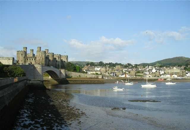 Conwy, one of my most favorite places, many of my best childhood memories are from this tiny Welsh town