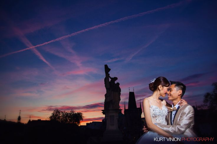 A Pre Wedding Portrait session with Silver & Ken who traveled over from Singapore to have their dream pre wedding session with Prague Pre Wedding Photographer Kurt Vinion