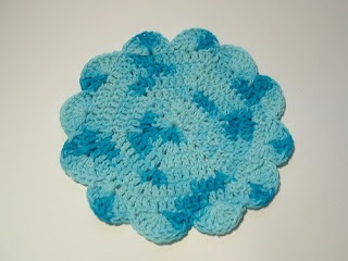 Granny Square Love: Hexagon Dishcloths: Crochet Dishcloth, Pattern, Dishes Rag, Hexagons Dishcloth Jpg, Granny Squares, Crochet Kitchens Bathroom, Fabrics Crafts, Dishrag, Hexagons Dishclothjpg