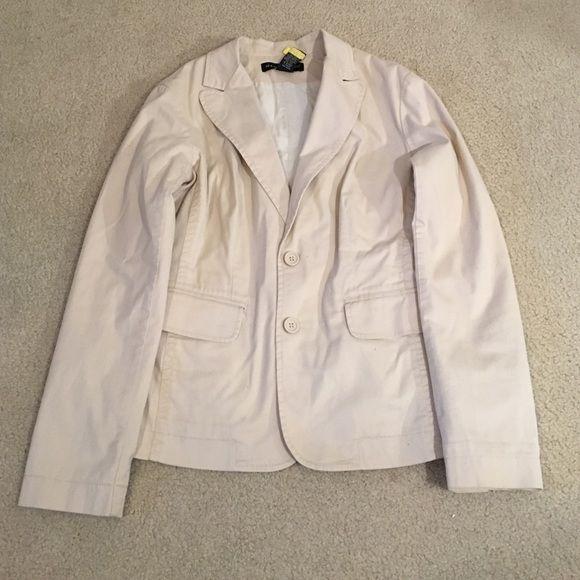 ❤️NEWYORK&co khakis blazer❤️ Khakis blazer sz.small New York & Company Jackets & Coats Blazers