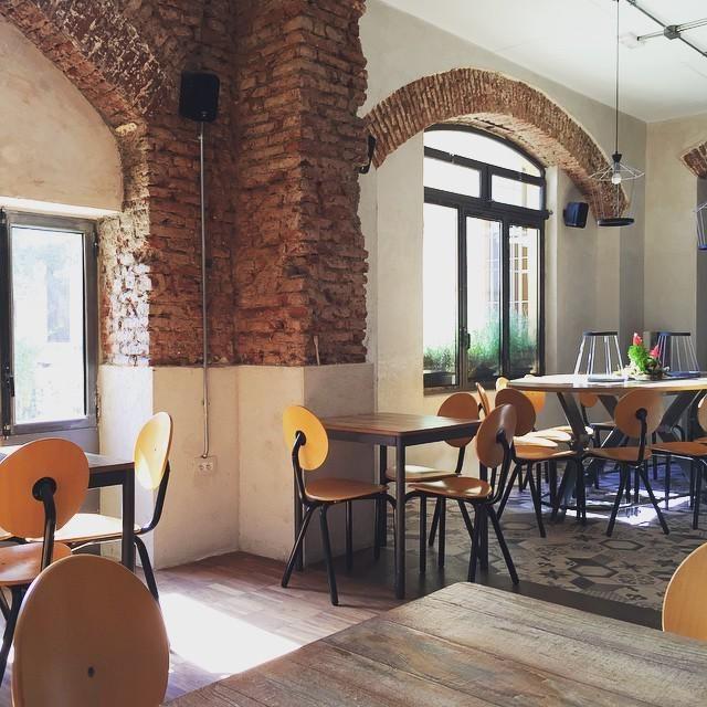 Café Gorille - Milano via de Castillia 20