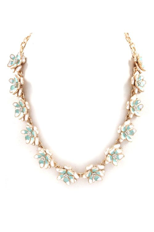 Peony Necklace in Pale Mint