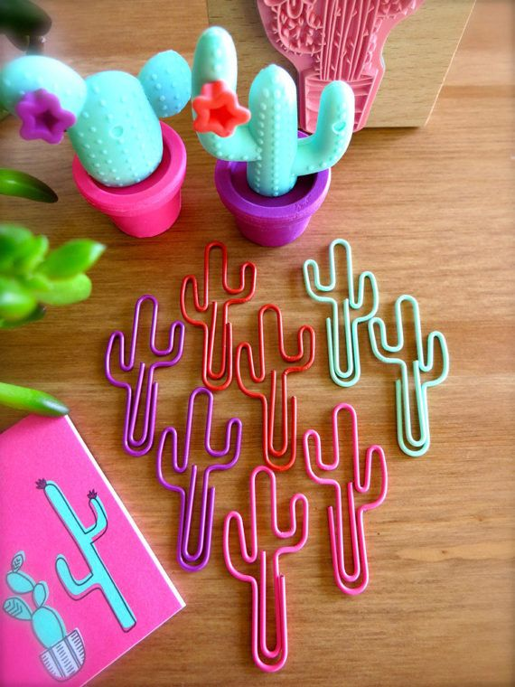 Large Saguaro Cactus Paper Clips-Set of 8 Cacti Clips-Pink, Mint, Purple, & Red Mini Hipster School Supplies-Boho Planner Supplies-Southwest