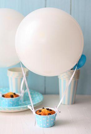 ... hot air balloon cupcakes ...