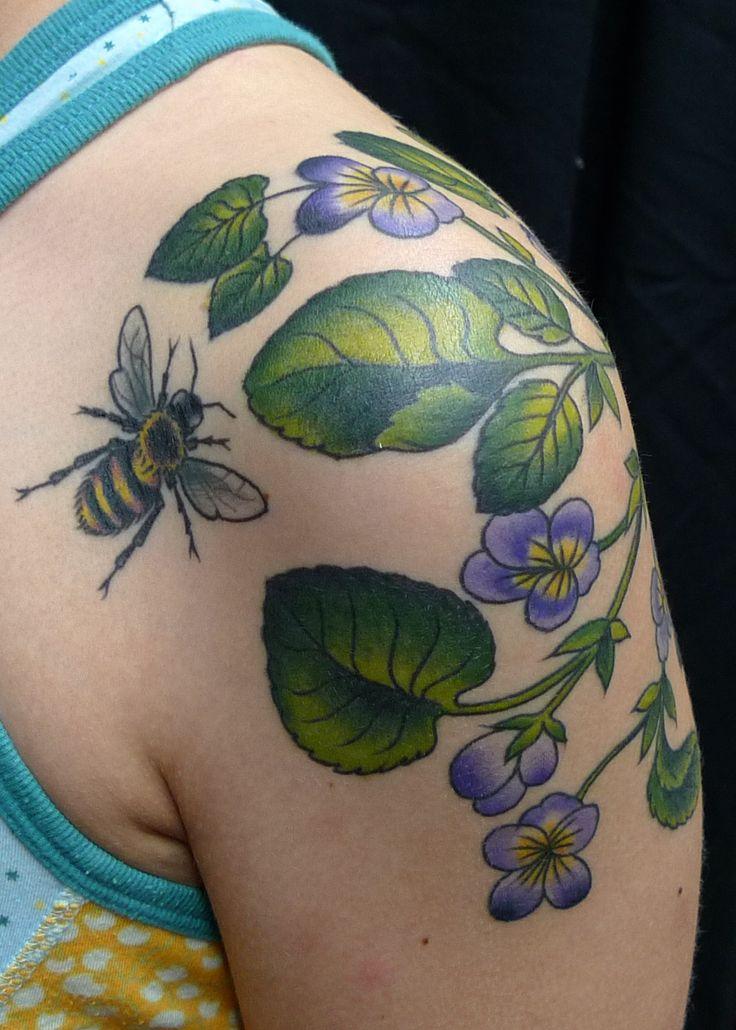 Google Tattoo: Traditional Bee Tattoo - Google Search