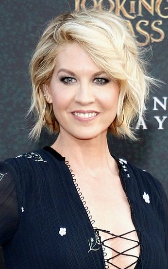 jenna elfman | Jenna Elfman's Hottest Hairstyles (Photos) | Sophisticated ALLURE - 6